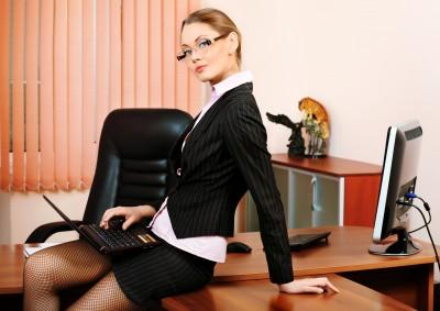סקסית במשרד